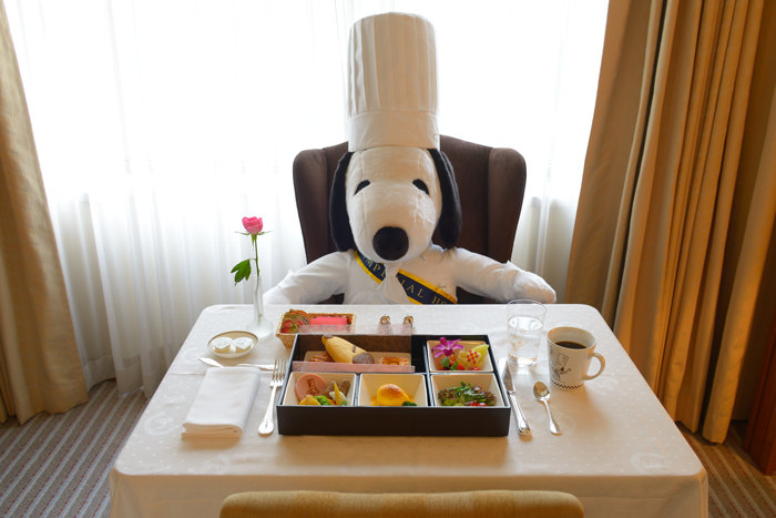 snoopy imperial tokyo 02