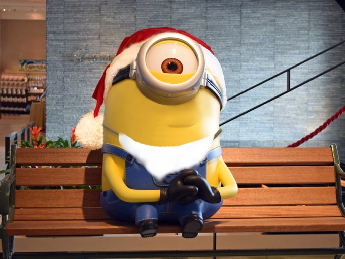 minion_xmasroom 4